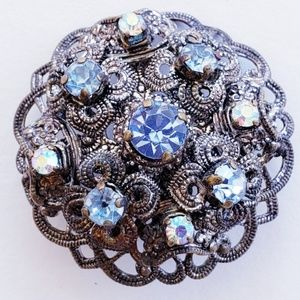 VINTAGE BROOCH ANTIQUE FINISH BLUE STONES FILIGREE